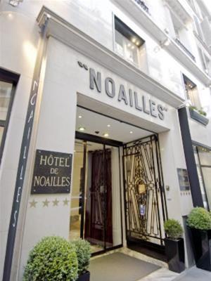 GOLDEN TULIP DE NOAILLES