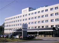 HOLIDAY INN GARDEN COURT - AIRPORT HELSINKI