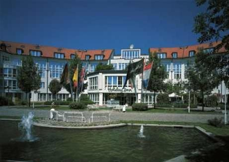 HOLIDAY INN UNTERHACHING