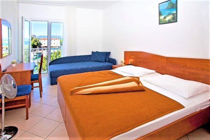 Hotel ADRIA MALINSKA Krk CROATIA