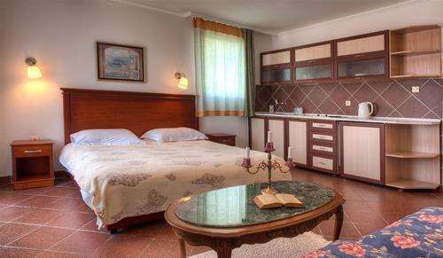 Hotel ADROVIC SVETI STEFAN MUNTENEGRU