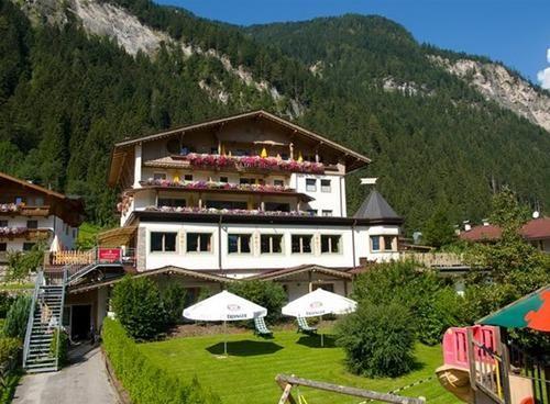 Hotel ALPIN SCHROFENBLICK MAYRHOFEN AUSTRIA