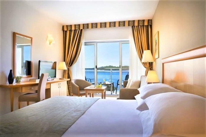 Hotel AMINESS GRAND AZUR Orebic CROATIA