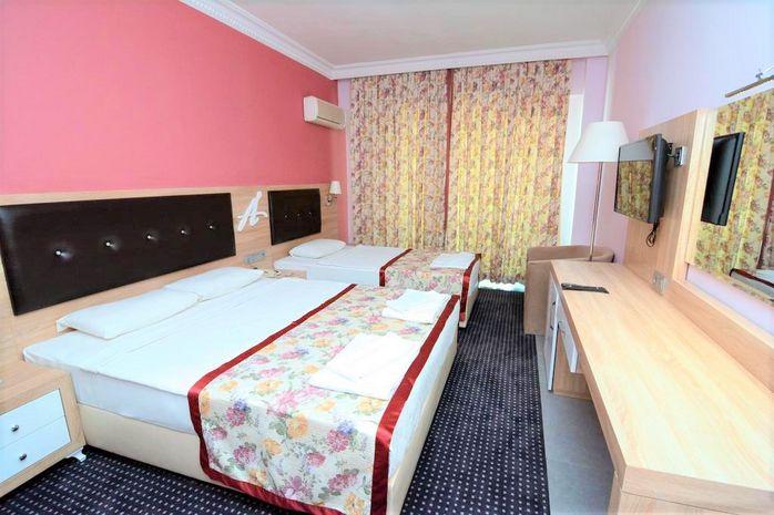 Hotel ANANAS