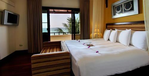 Hotel ANDAMAN WHITE BEACH RESORT PHUKET