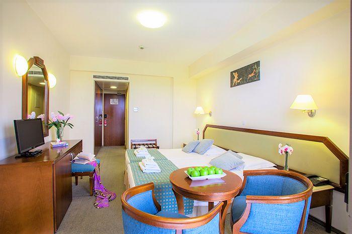 Hotel AQUAMARE BEACH & SPA PAPHOS