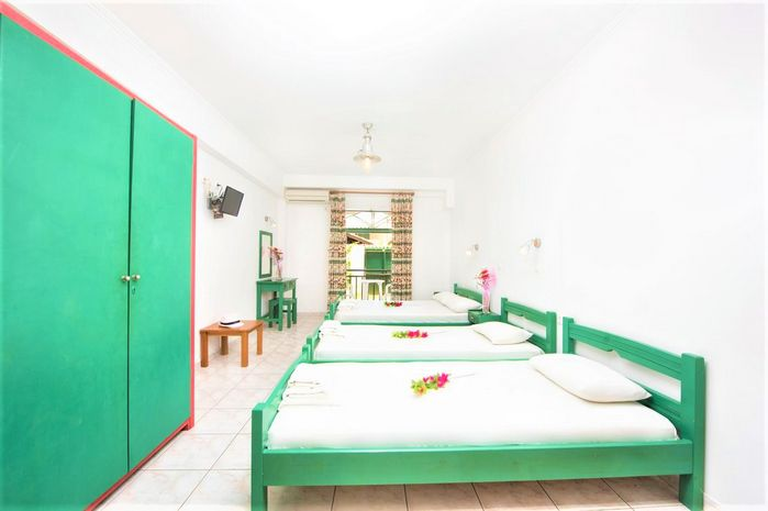 Hotel AQUARIUS BEACH APARTHOTEL CORFU GRECIA