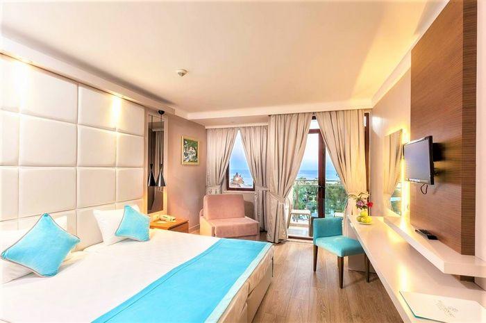 Hotel BELLA RESORT AND SPA