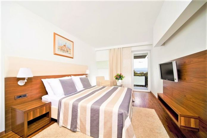 Hotel BLUESUN GRAND ELAPHUSA Insule Croatia CROATIA