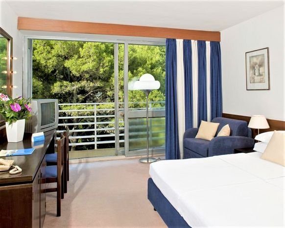 Hotel BLUESUN MAESTRAL Dalmatia Centrala CROATIA