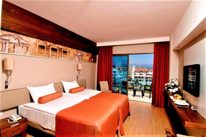 Hotel COMMODORE ELITE SUITES & SPA