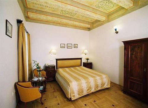 Hotel ELITE PRAGA CEHIA