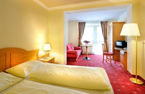 Hotel FERIENWELT KRISTALL TIROL AUSTRIA
