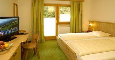 Hotel GASTHOF TIROLER BAUM SAALBACH HINTERGLEMM