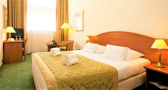 Hotel GLOBO Dalmatia Centrala CROATIA