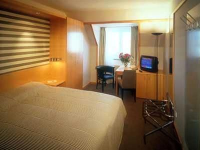 Hotel HOLIDAY INN CITY
