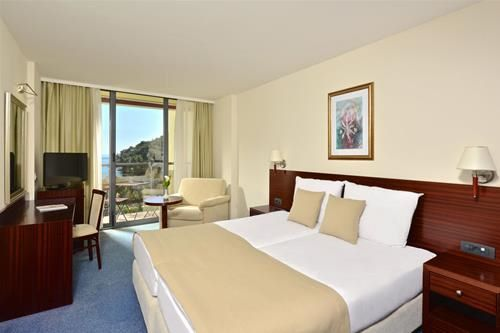 Hotel IBEROSTAR BELLEVUE BUDVA MUNTENEGRU