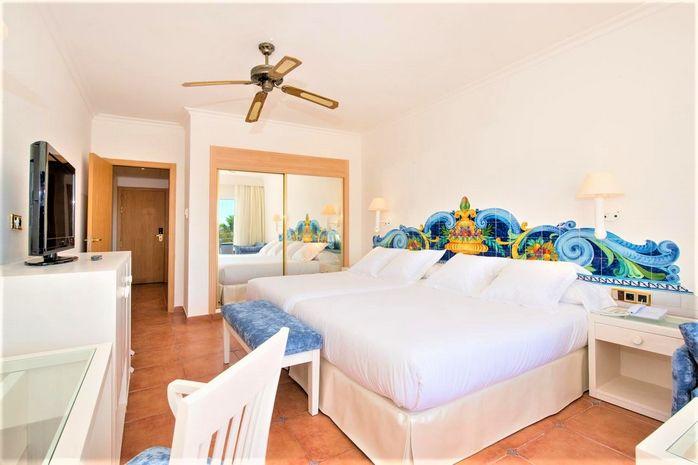 Hotel IBEROSTAR COSTA DEL SOL Estepona