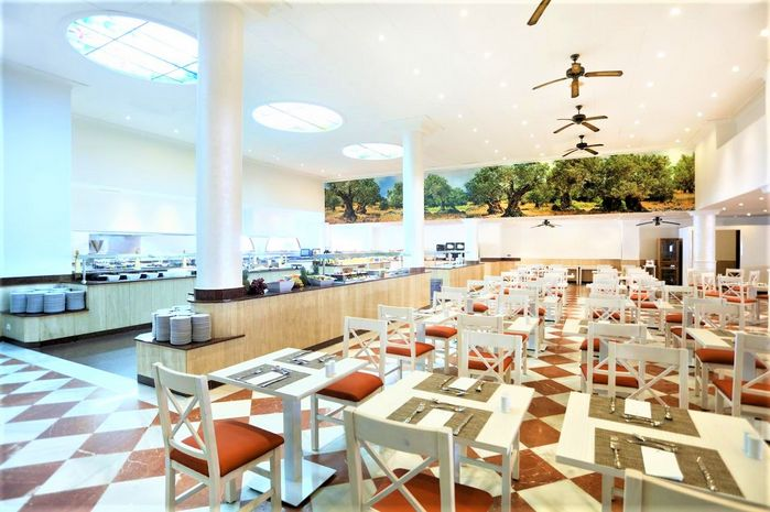 Hotel IBEROSTAR COSTA DEL SOL Estepona SPANIA