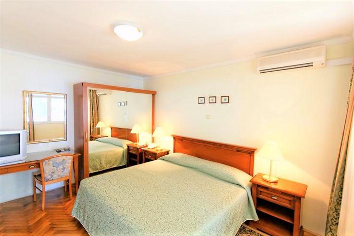 Hotel JADRAN Dalmatia de Nord