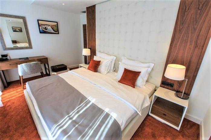 Hotel KALAMPER HOTEL & SPA BAR