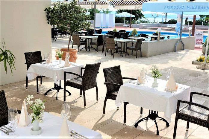 Hotel KOLOVARE Dalmatia de Nord