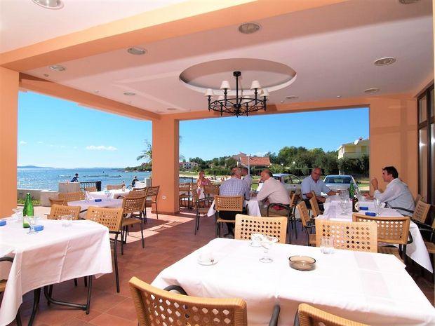 Hotel LAGUNA PRIVLAKA Dalmatia Centrala CROATIA
