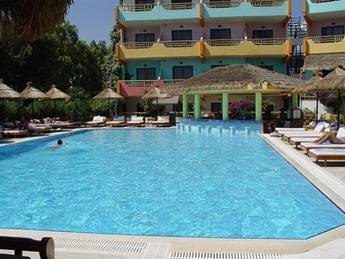 Hotel LATINO BAY RHODOS GRECIA