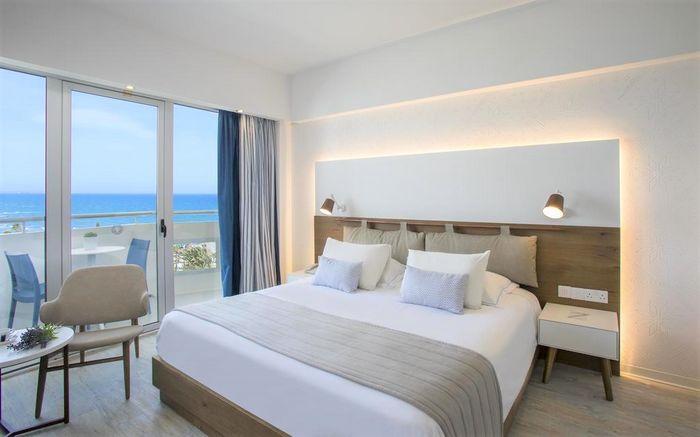 Hotel LORDOS BEACH LARNACA