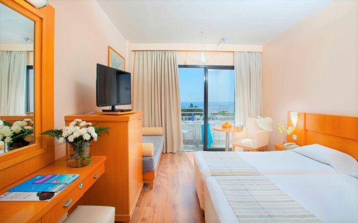 Hotel LOUIS PHAETHON BEACH PAPHOS