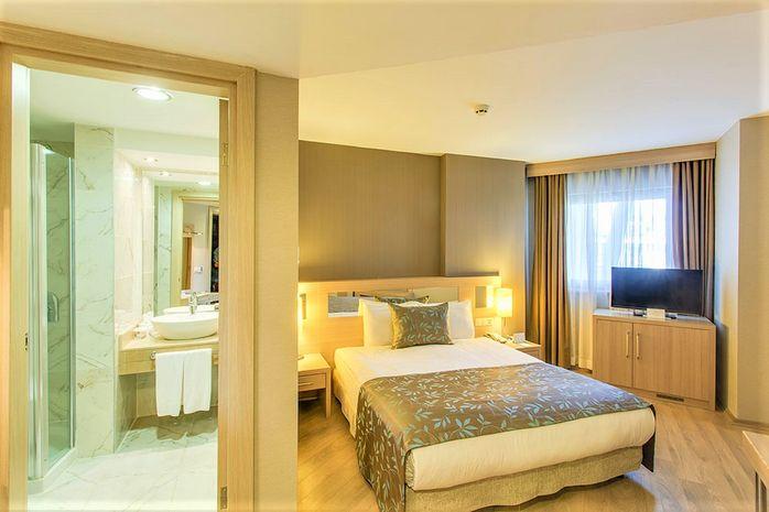 Hotel LUCIDA BEACH