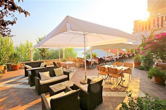 Hotel LUCIJA Dalmatia Centrala CROATIA