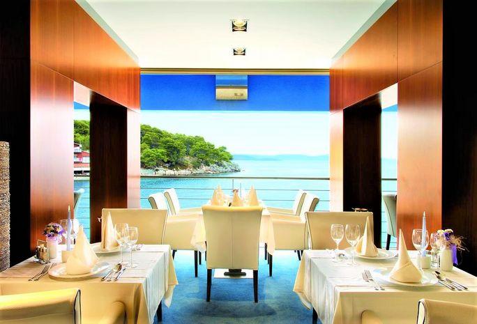 Hotel MAXIM Insule Croatia CROATIA