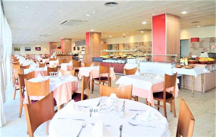 Hotel MEDPLAYA SANTA MONICA Calella SPANIA