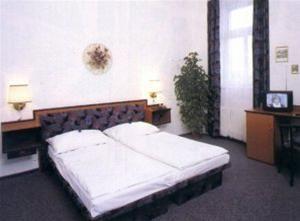 Hotel MERKUR