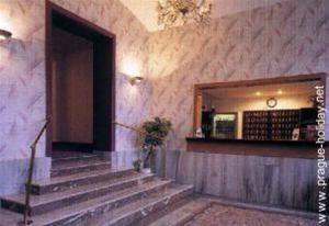 Hotel MERKUR PRAGA CEHIA