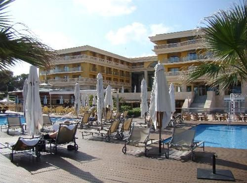 Hotel OASIS PALACE DE MURO MALLORCA SPANIA