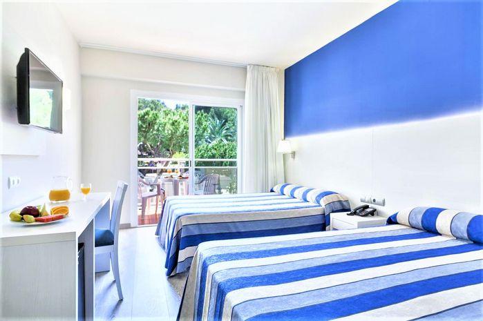 Hotel OASIS PARK Salou SPANIA