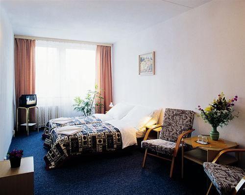 Hotel OPATOV