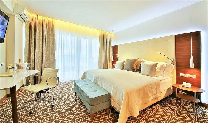 Hotel PARADISE BLUE HOTEL&SPA