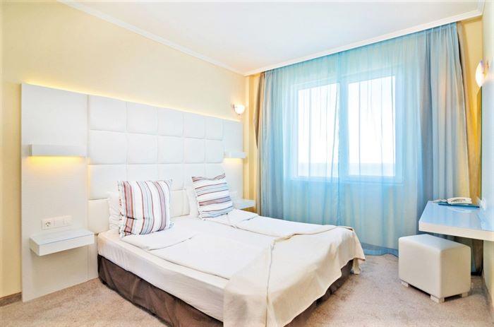 Hotel PERLA BEACH
