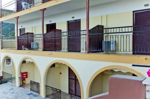 Hotel PONTI BEACH LEFKADA GRECIA