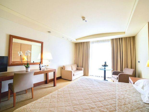 Hotel PORTO CARRAS MELITON BEACH SITHONIA GRECIA