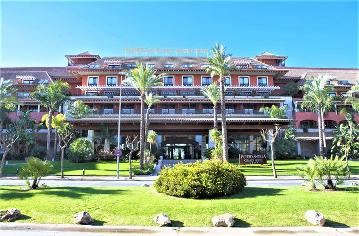 Hotel PUERTO ANTILLA GRAND