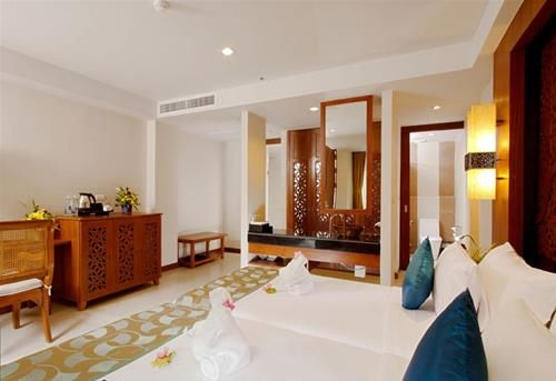 Hotel RAWAI PALM BEACH RESORT PHUKET THAILANDA