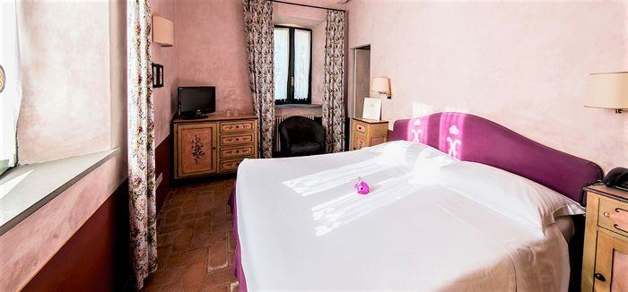 Hotel RELAIS PALAZZO VIVANI RIMINI ITALIA