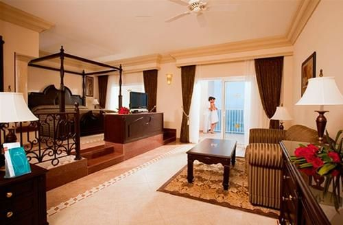 Hotel RIU EMERALD BAY MAZATLAN