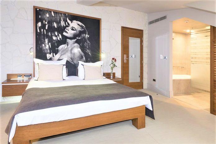 Hotel RIVA Insule Croatia CROATIA