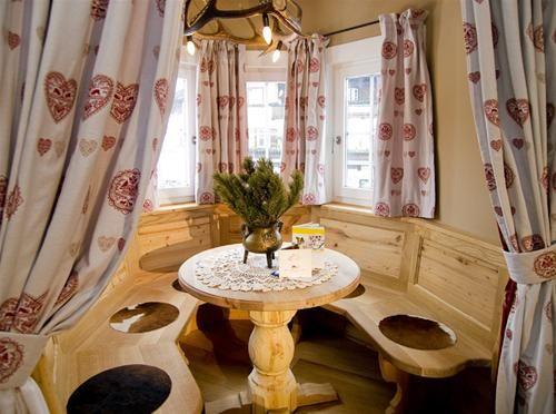 Hotel ROMANTIK POST KITZBUHEL LAND AUSTRIA