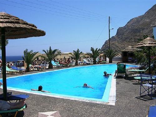 Hotel ROUSSOS BEACH SANTORINI